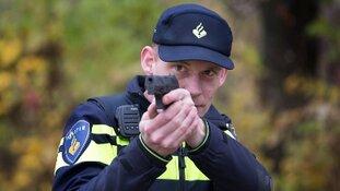 Groep met bivakmutsen en vuurwapens blijkt 'clipshoot'