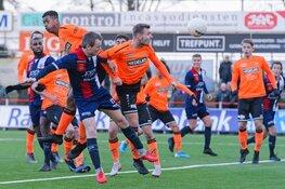 Excelsior Maassluis in slotfase langs Jong Volendam