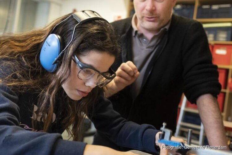 Gratis Rotterdampas voor 12.000 leraren