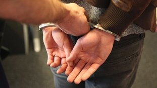 Drie jonge Rotterdammers aangehouden na woningoverval