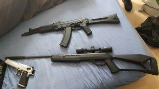 Anonieme tip leidt tot in beslagname van verschillende wapens