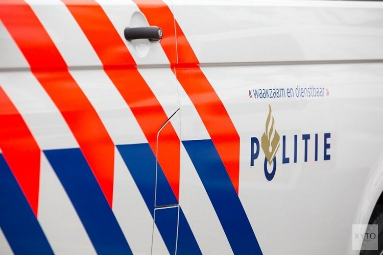 Achtervolging eindigt in aanrijding met politiewagen