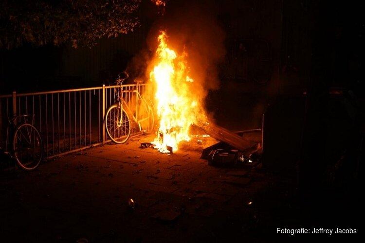 Twee aanhoudingen na brandstichting met molotovcocktails