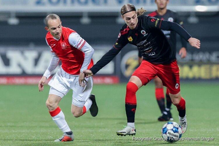 Excelsior wint eindelijk in eigen huis, MVV met 2-0 geklopt